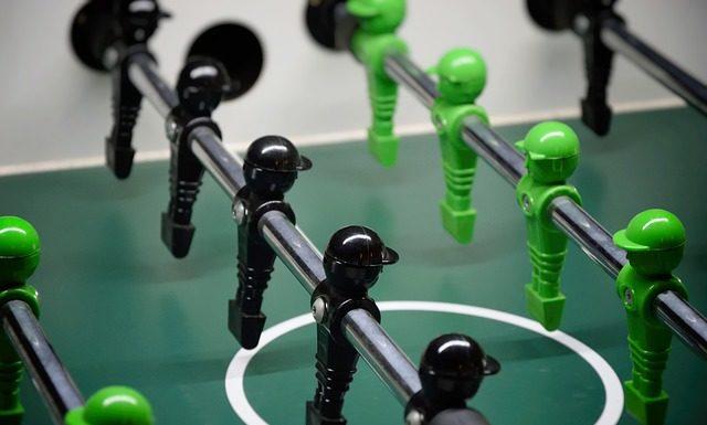 Piłkarzyki – lepiej wybrać nowe, czy używane?